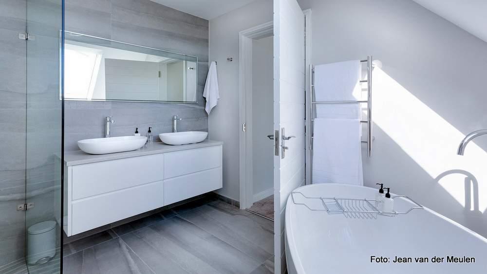 Ideale Größe Badezimmer   Das Badezimmer Aus Dem Hochpreis Segment Weisswasseraner Anzeiger